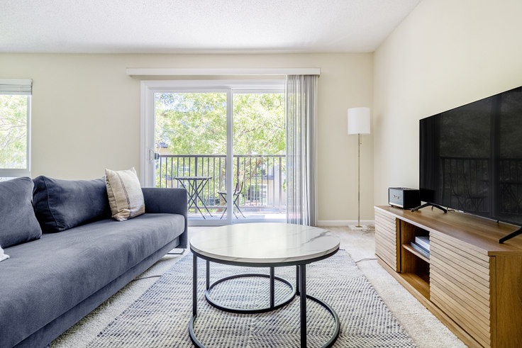 1 bedroom furnished apartment in Oak Creek 6 Apartments, 1812 Sand Hill Rd 570, Palo Alto, San Francisco Bay Area, photo 1