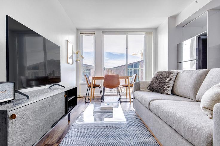 1 bedroom furnished apartment in Arras - Bellevue, 12282 NE 12th Ln 144, Bellevue, Seattle, photo 1