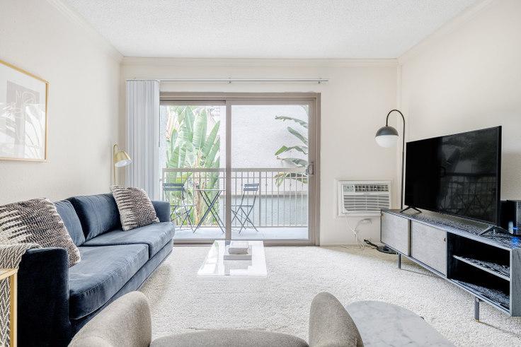 1 bedroom furnished apartment in Pearl Apartments, 4033 Via Marina 473, Marina del Rey, Los Angeles, photo 1