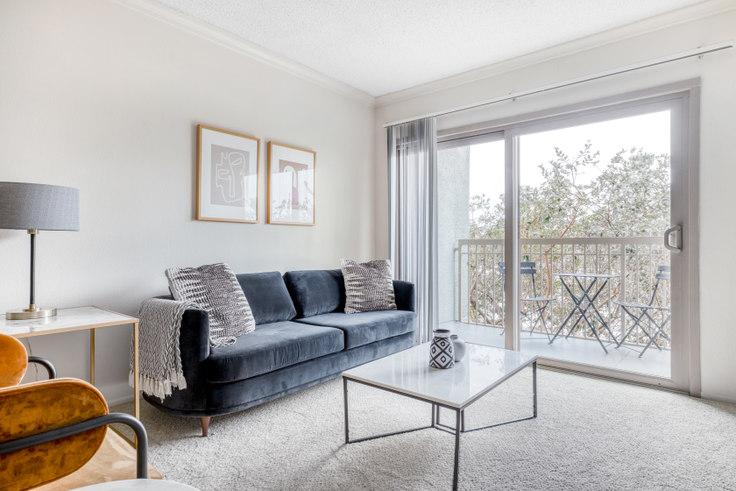 1 bedroom furnished apartment in Pearl Apartments, 4017 Via Marina 474, Marina del Rey, Los Angeles, photo 1
