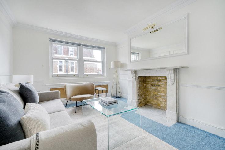 2 bedroom furnished apartment in Marylebone St 69, Marylebone, London, photo 1