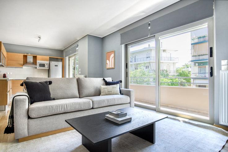 4 bedroom furnished apartment in Nestoros 1040, Palaio Faliro, Athens, photo 1