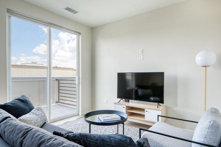 1 bedroom furnished apartment in Arboretum, 2049 S Columbine St 25, University, Denver, photo 1