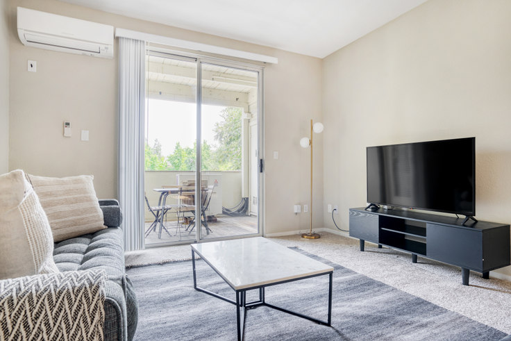 2 bedroom furnished apartment in Avalon Campbell 1, 516 Railway Ave 579, Campbell, San Francisco Bay Area, photo 1