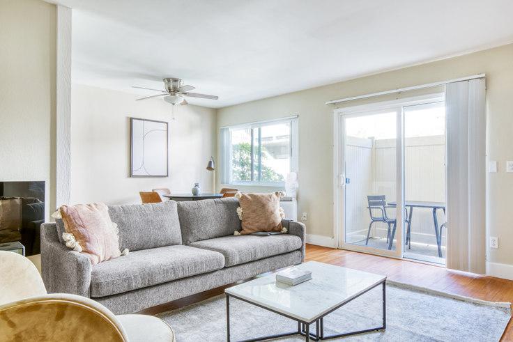 1 bedroom furnished apartment in Casa De Marina - 12610 Braddock Dr 485, Marina del Rey, Los Angeles, photo 1