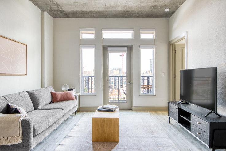 1 bedroom furnished apartment in TwentyOne01, 2101 Market St 29, LoDo, Denver, photo 1