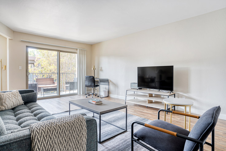 2 bedroom furnished apartment in Highland Gardens, 234 Escuela Ave 600, Mountain View, San Francisco Bay Area, photo 1