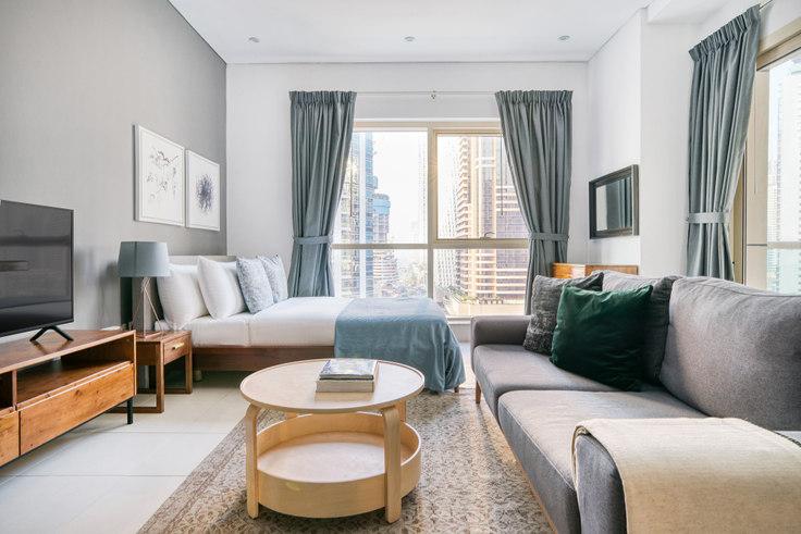 Studio furnished apartment in Royal Oceanic Studio IV 807, The Royal Oceanic, Dubai, photo 1