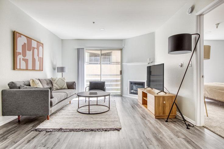 1 bedroom furnished apartment in 4378 Sepulveda Blvd 539, Sherman Oaks, Los Angeles, photo 1