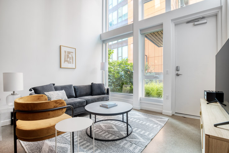 2 bedroom furnished apartment in Arras - Bellevue, 12288 NE 12th Ln 155, Bellevue, Seattle, photo 1