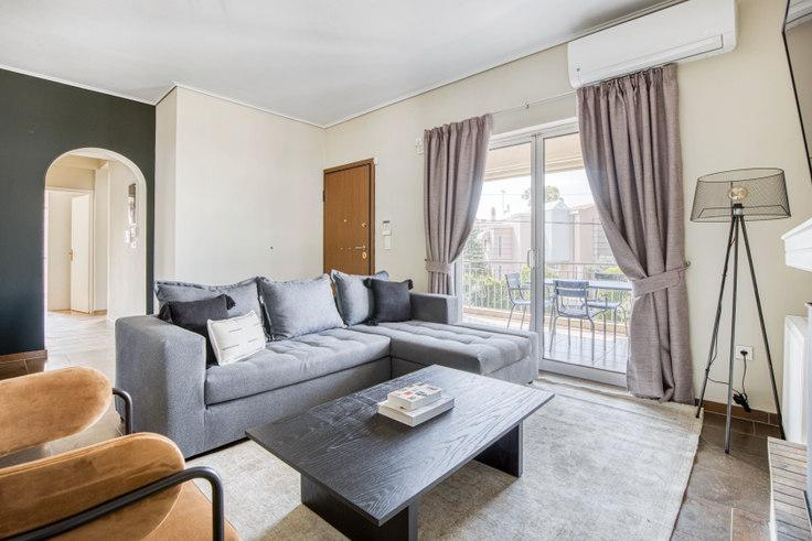 3 bedroom furnished apartment in Othonos I 1062, Kifisia, Athens, photo 1