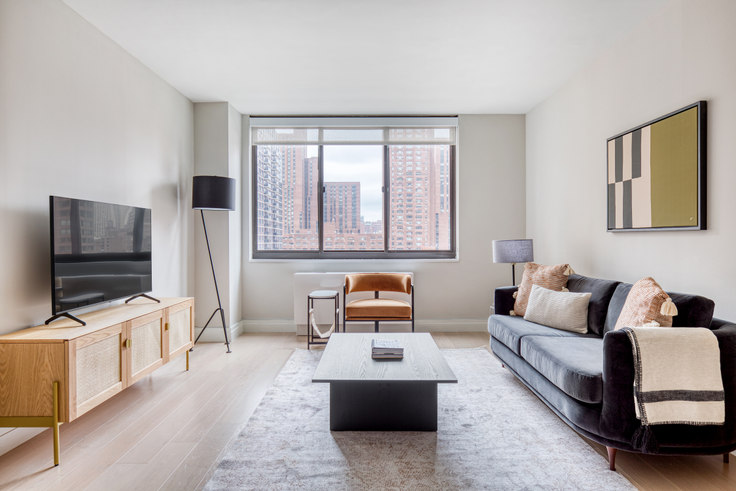 2 bedroom furnished apartment in Normandie Court, 225 E 95th St 629, Upper East Side, New York, photo 1