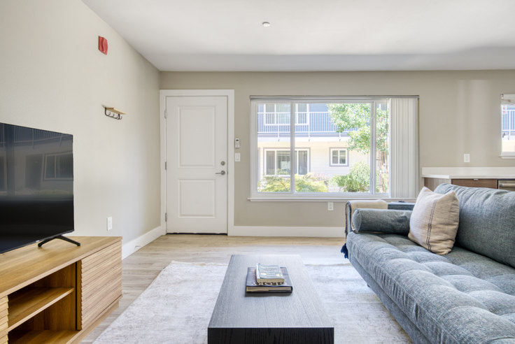 1 bedroom furnished apartment in Parc at Pruneyard, 215 Union Ave 613, Campbell, San Francisco Bay Area, photo 1