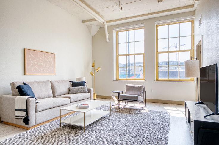 2 bedroom furnished apartment in TwentyOne01, 2101 Market St 38, LoDo, Denver, photo 1