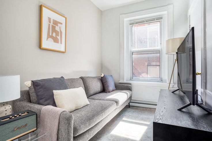 2 bedroom furnished apartment in 12 Foster St 445, North End, Boston, photo 1