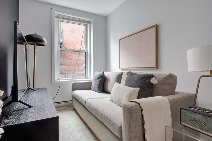 2 bedroom furnished apartment in 12 Foster St 448, North End, Boston, photo 1