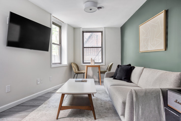 2 bedroom furnished apartment in 125 Salem Street 451, North End, Boston, photo 1