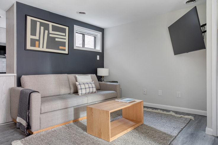 2 bedroom furnished apartment in 125 Salem Street 452, North End, Boston, photo 1