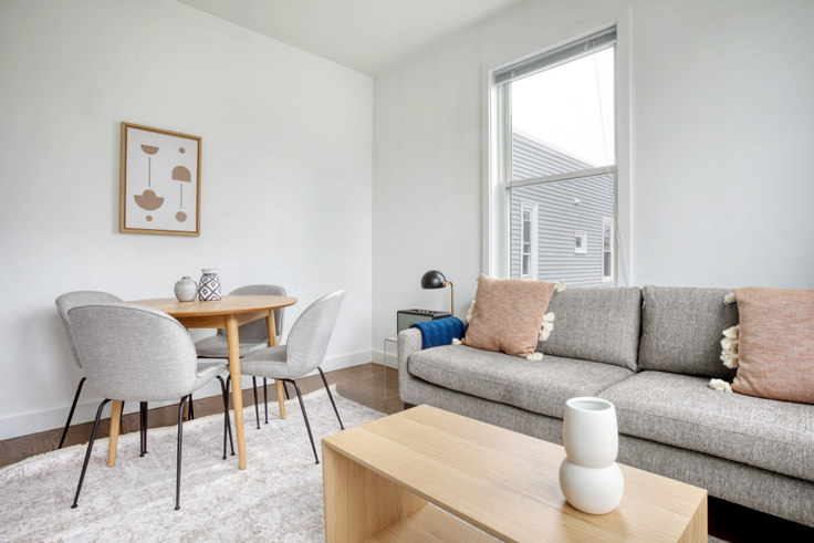 3 bedroom furnished apartment in 15 Marney St 454, East Cambridge, Boston, photo 1