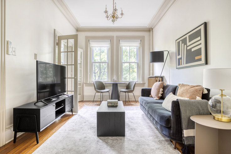 1 bedroom furnished apartment in 1503 Vermont Ave NW 304, Logan Circle, Washington D.C., photo 1