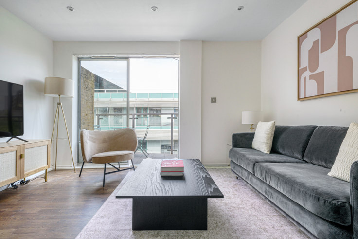 1 bedroom furnished apartment in Westminster Bridge Rd 81, Waterloo, London, photo 1