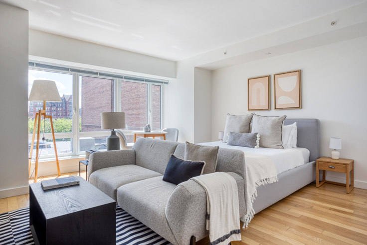 Studio furnished apartment in One Back Bay,  135 Clarendon St 459, Back Bay, Boston, photo 1
