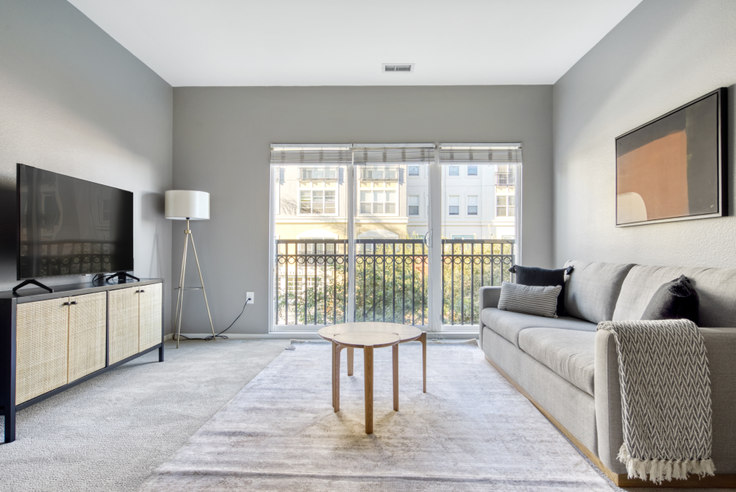 1 bedroom furnished apartment in Santana Heights, 367 Santana Row 630, Santana Row, San Francisco Bay Area, photo 1
