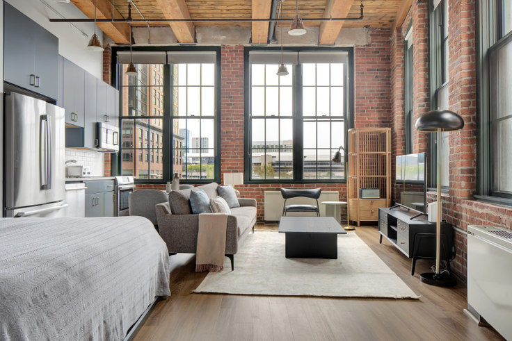 Studio furnished apartment in The Muse, 63 Melcher St 464, Fort Point, Boston, photo 1