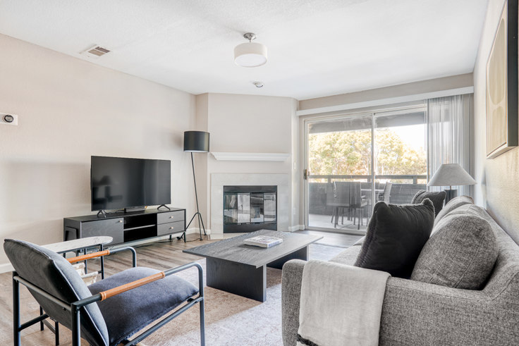 3 bedroom furnished apartment in Avana Sunnyvale Apartments, 355 N Wolfe Rd 636, Sunnyvale, San Francisco Bay Area, photo 1
