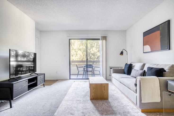 2 bedroom furnished apartment in Eaves Fremont 1, 389 Woodcreek Terrace 638, Fremont, San Francisco Bay Area, photo 1
