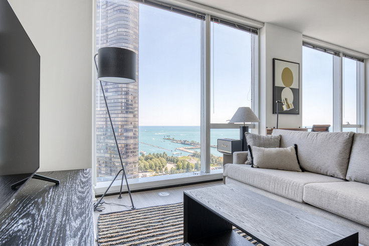 Studio furnished apartment in 500 N Lake Shore Dr 434, Streeterville, Chicago, photo 1