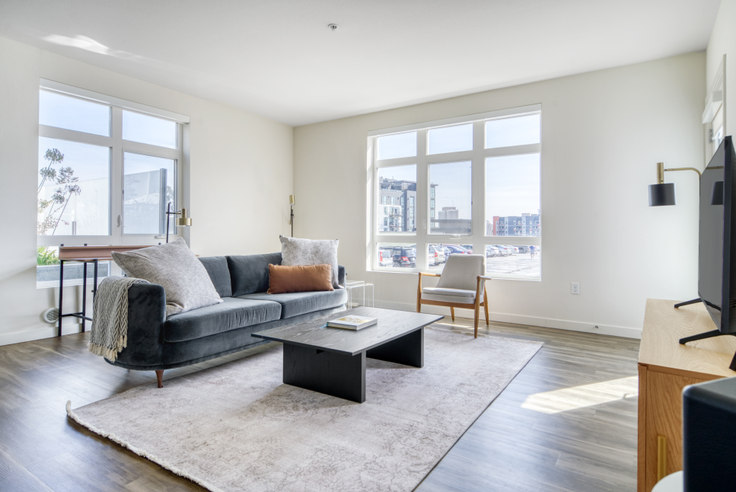 2 bedroom furnished apartment in The Broadway Apartments,  3093 Broadway 640, Oakland, San Francisco Bay Area, photo 1