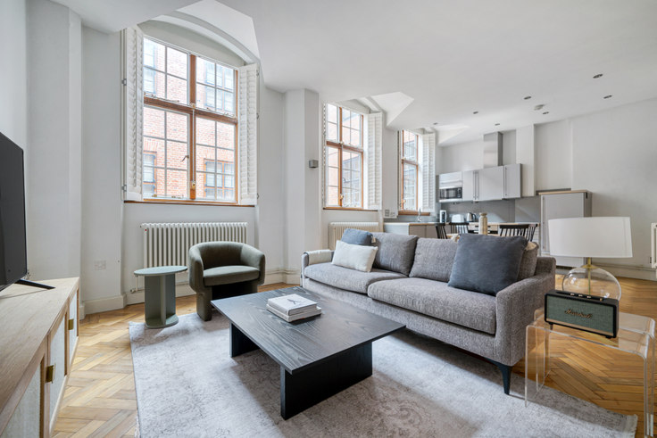 2 bedroom furnished apartment in Bolt Ct 84, Holborn, London, photo 1