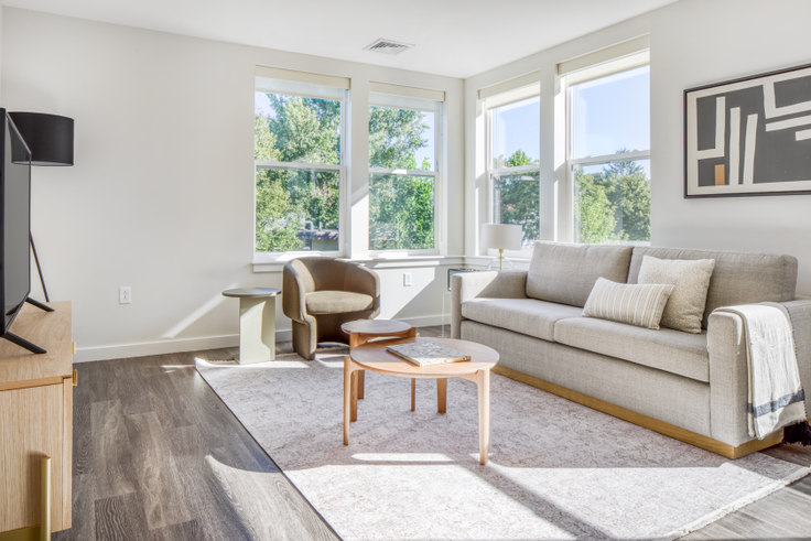 2 bedroom furnished apartment in Linea Cambridge, 1 Whittemore Ave 470, Alewife, Boston, photo 1