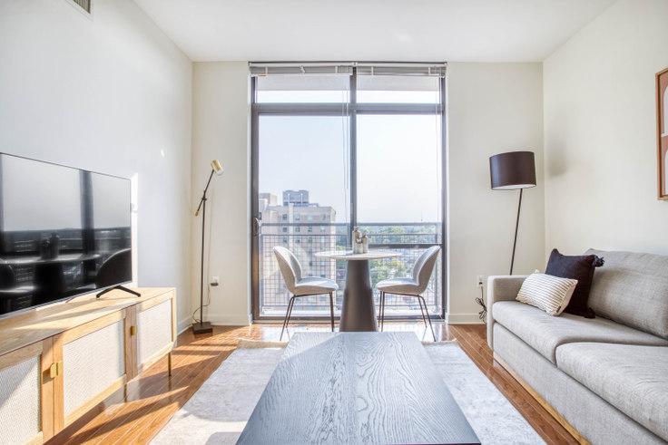 1 bedroom furnished apartment in Bainbridge, 4918 St Elmo Ave 316, Bethesda, Washington D.C., photo 1