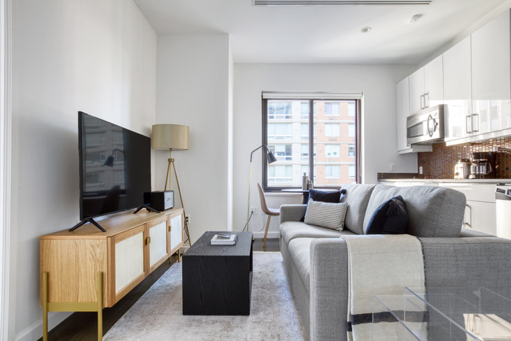 1 bedroom furnished apartment in 830 8th Ave 650, Midtown West, New York, photo 1