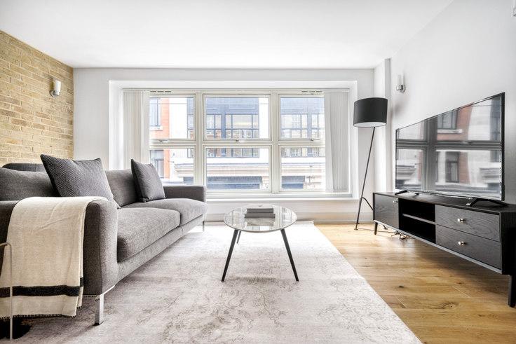 1 bedroom furnished apartment in Bateman St 86, Soho, London, photo 1
