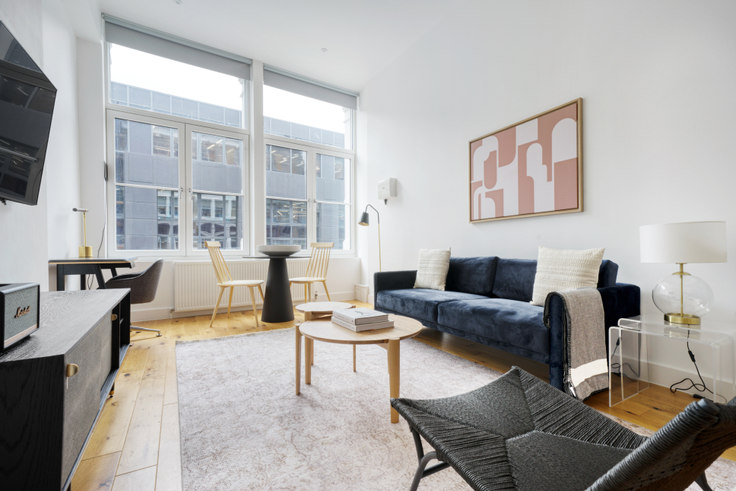 1 bedroom furnished apartment in Farringdon Rd 91, Clerkenwell, London, photo 1