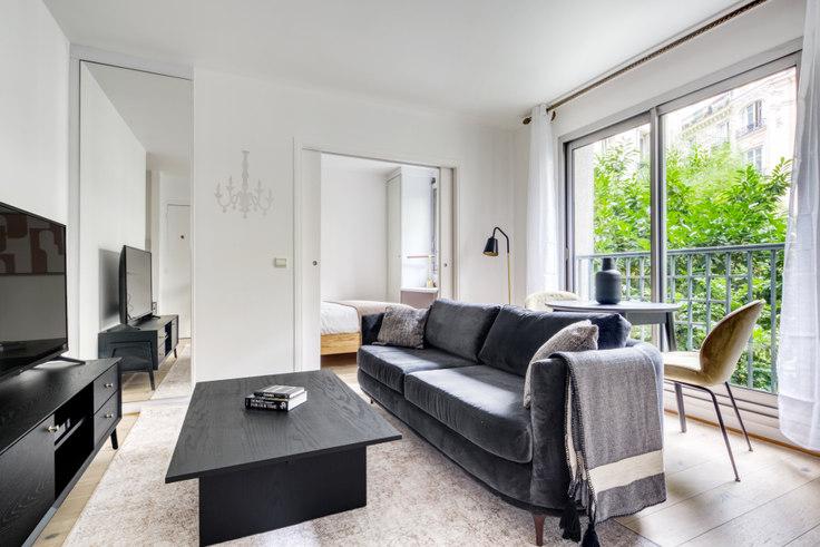 1 bedroom furnished apartment in Rue Nicolo 105, Trocadéro, Paris, photo 1