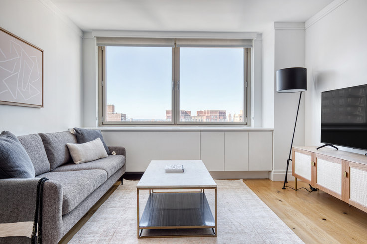 2 bedroom furnished apartment in The Colorado, 201 East 86th St 655, Upper East Side, New York, photo 1