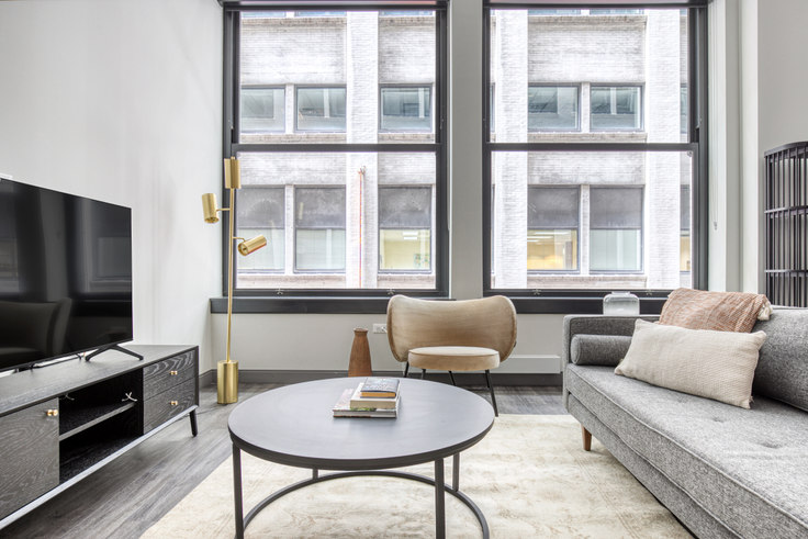 2 bedroom furnished apartment in Millennium on LaSalle, 29 S LaSalle St 470, The Loop, Chicago, photo 1
