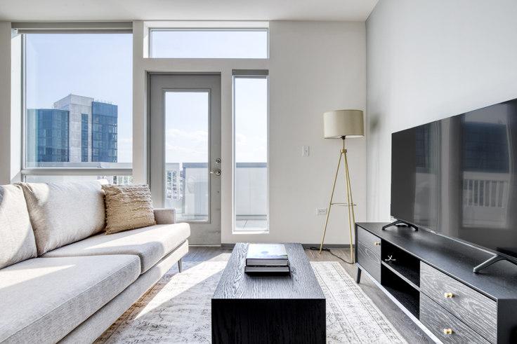 2 bedroom furnished apartment in Noca Blu, 2340 N California Ave 480, Logan Square, Chicago, photo 1