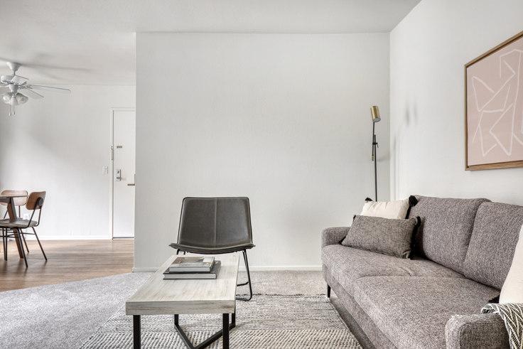 1 bedroom furnished apartment in Eaves Los Feliz, 3100 Riverside Dr 549, Glendale, Los Angeles, photo 1